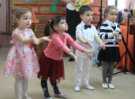 Сотрудничество Центра «Мои года — мое богатство» с дошкольными и средними учебными заведениями города.