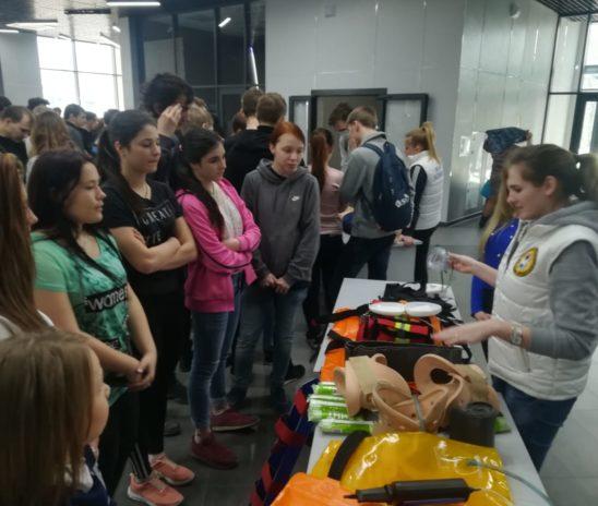 Дети из школы-интерната познакомились с профессией спасателя