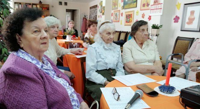 В литературно-музыкальном салоне «Лира» прошел вечер памяти Владислава Дворжецкого