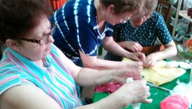 Сотрудники БИЦ им. Ю.Гагарина , провели час информации «Хоровод дружбы»
