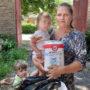 Малообеспеченные семьи и мамы с детьми, проживающие в сельской глубинке Ростовской области, продолжают получать благотворительную помощь