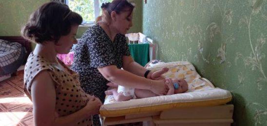 В Александрийском приюте продолжаются занятия для молодых мам