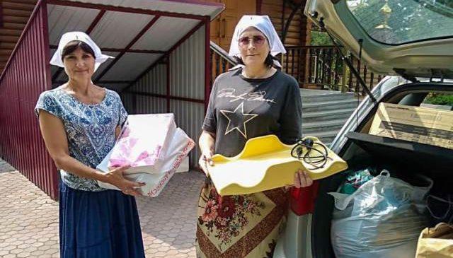 Сестричества епархии продолжают оказывать помощь подопечным Александрийского приюта для женщин