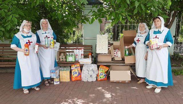 Социальные службы епархии оказали помощь нуждающимся во Всемирный день гуманитарной помощи